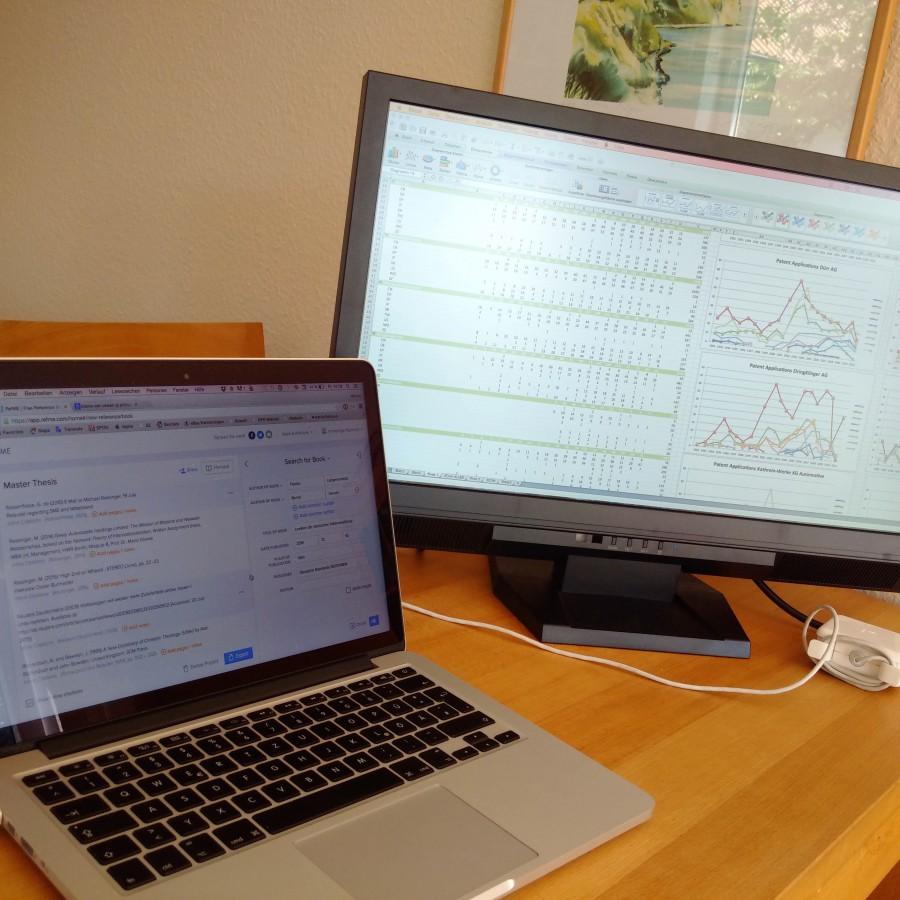 Master-Screens: Links ist die Literaturverwaltung RefME offen, rechts sind Diagramme aus Patentdaten in Bearbeitung.